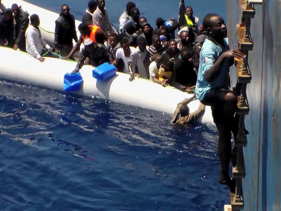 EU seeks approval from UN to sink human smugglers' ships in Libyan territorial waters